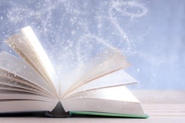 本 開いているページ 湧くイメージ